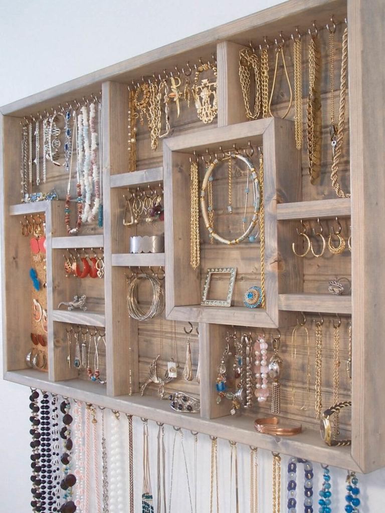 rangement bijoux fait maison avie home. Black Bedroom Furniture Sets. Home Design Ideas